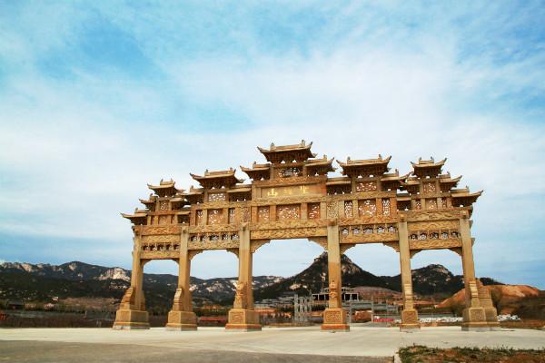 shengjingshanpailou.jpg